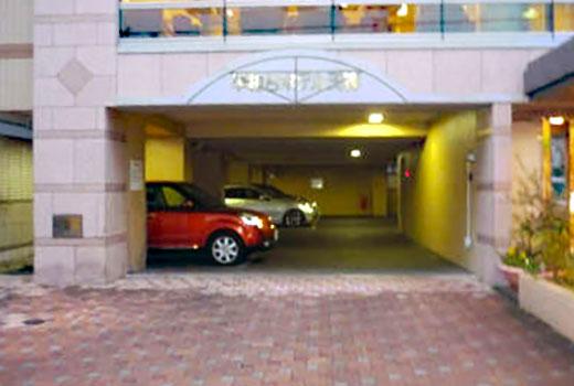 ホテル専用駐車場